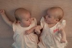 twins-821215_1280